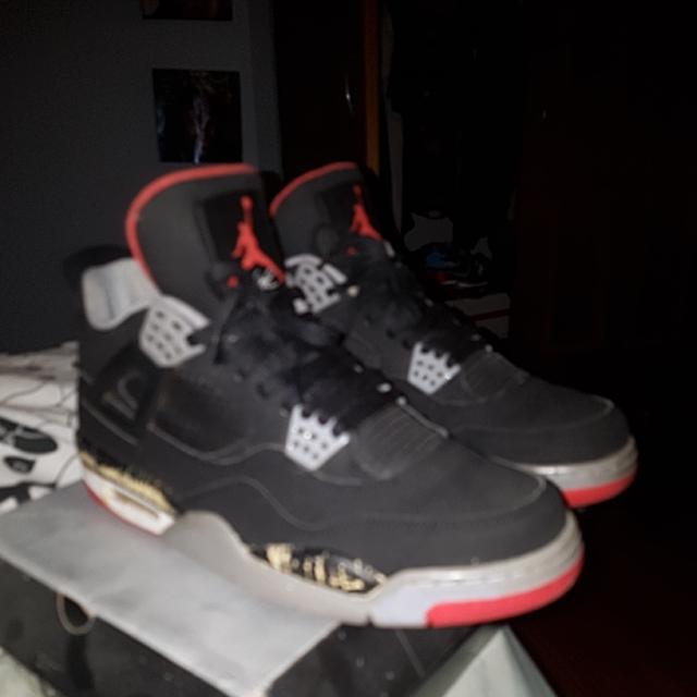 Nike Air Jordan 4 Breds