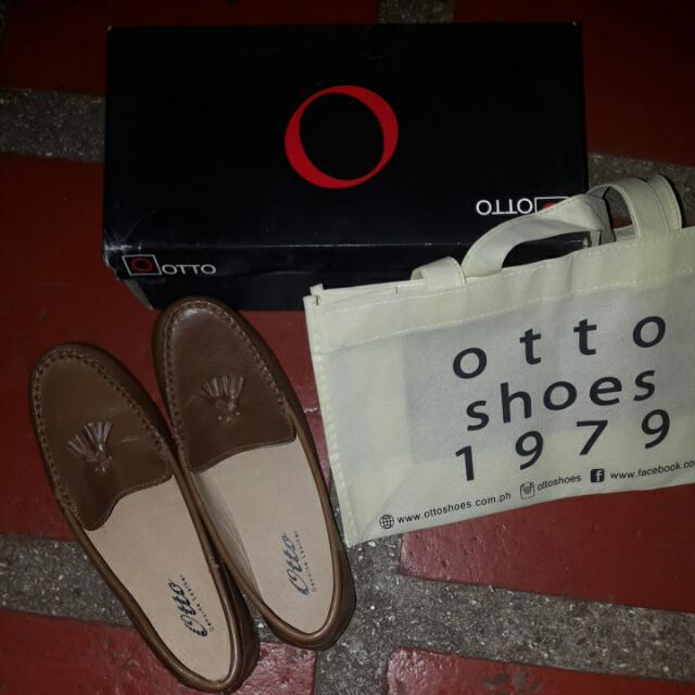 REPRICED!! Otto Genuine Leather Tassel Loafers