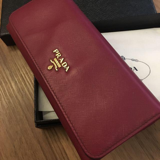 3c84ecbbc71c12 REDUCED) 💯% Authentic Prada Saffiano Metal Wallet in Ametista ...