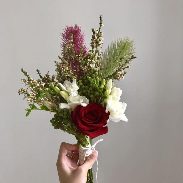 Rustic flowers bouquet, Design & Craft, Handmade Craft on Carousell