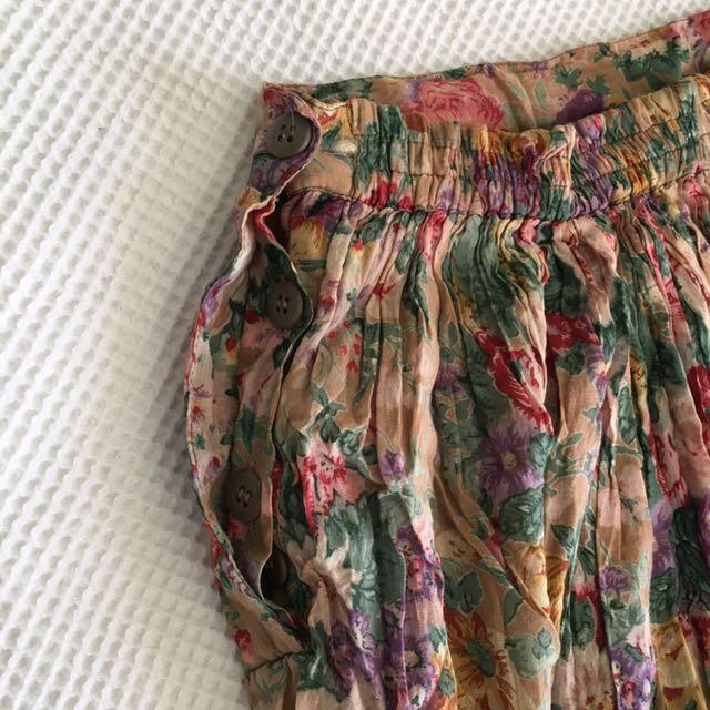 Vintage floral ruffle skirt
