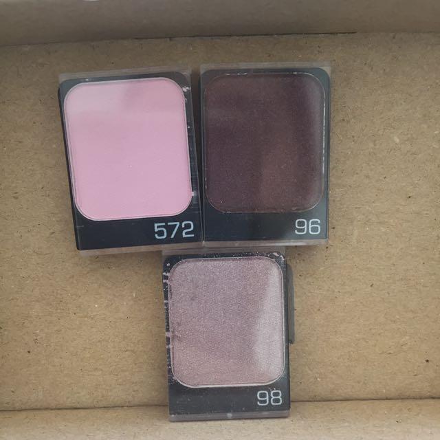 Violet trio Eyeshadow
