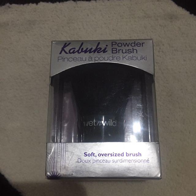 Wet n Wild Kabuki Powder Brush