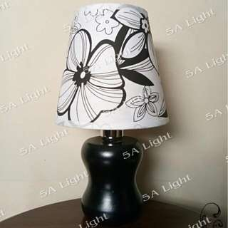 Roll Kap Black & White Florish / Lampu Meja / Lampu Hias / Lampu Dekorasi
