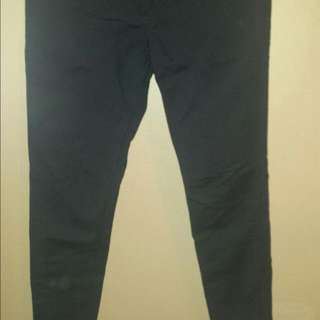 Ladies Black Pants With Gold Zippers Size 10
