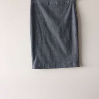 Le chateau - size 0 pencil skirt