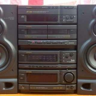 Faulty Aiwa hifi-system NXS-D707