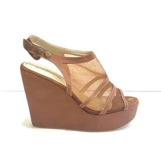 Maran High Heels Wedges  - Sepatu Wedges Coklat