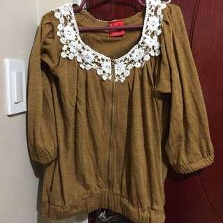 BAYO blouse small
