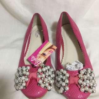 Barbie doll shoes (us size 3)