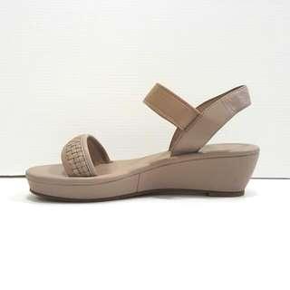 New!! Staccato Nude (Sepatu Sendal Wedges Platform)