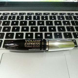 Maybelline Volum Express Turbo Boost Mascara Waterproof