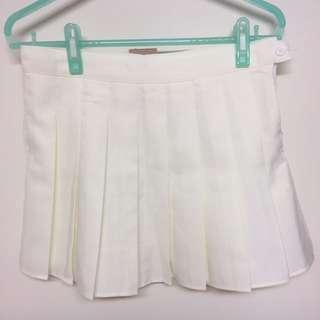 全新轉賣吊牌未剪淡米白/白色高腰百褶裙L一件gfriend 青春少女