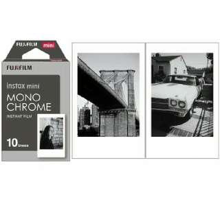FUJIFILM REFILL INSTAX MONOCHROME Polaroid (10 lembar)