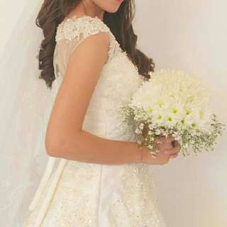 Wedding Gown (Free Wedding Shoes)