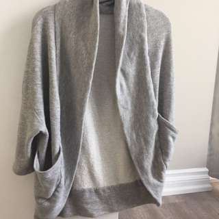 Urban outfitters batwing cardigan size xs