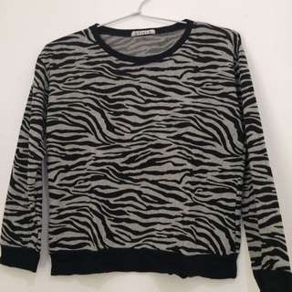 Sweater Zebra brand Olivia