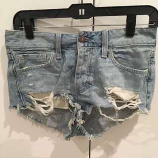Abercrombie & Fitch Denim Distressed Shorts size 26 small
