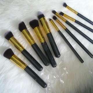 Makeup Brush Isi 10 Kuas Kosmetik