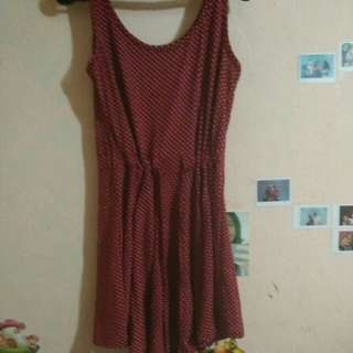 Dress merah polkadot