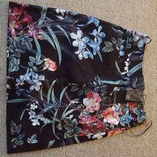 Portmans Black Floral Skirt Size 6