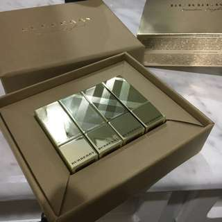 Burberry lipstick set Christmas edition