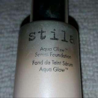Stilla Aqua Glow Foundation