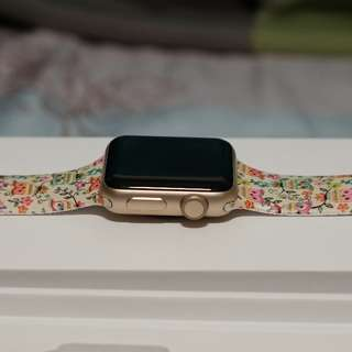Apple Watch series 2 (38mm Gold)