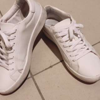 ZARA白色平底鞋(二手轉售)