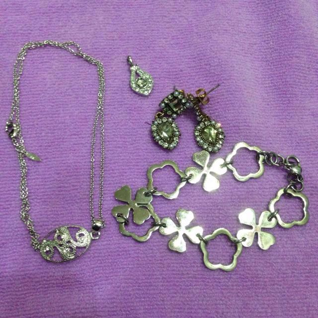 Repriced!Assorted Fashion Accessories
