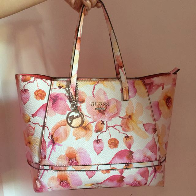 Authentic guess floral bag
