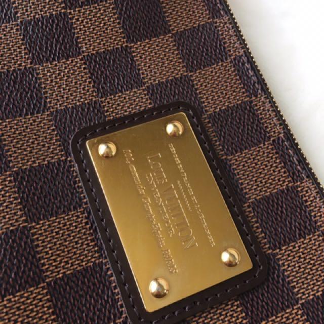 ebcb3ad4d Authentic Louis Vuitton EVA DAMIER Bag/Clutch/Crossbody ✨SALE $720✨  Condition: Used bag Come ...