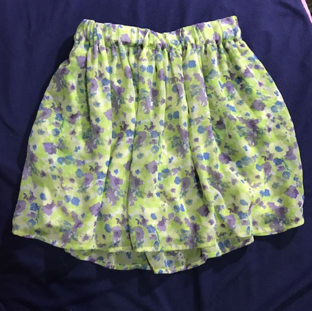 Authentic ZARA flowy skirt