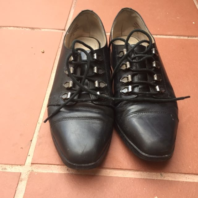 Black Wittner Shoes, size 6