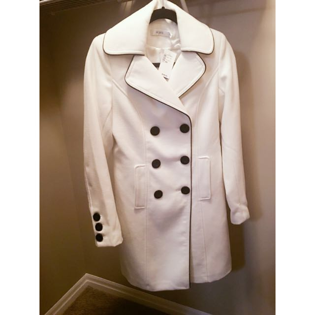 Brand new white Ricki's fall coat