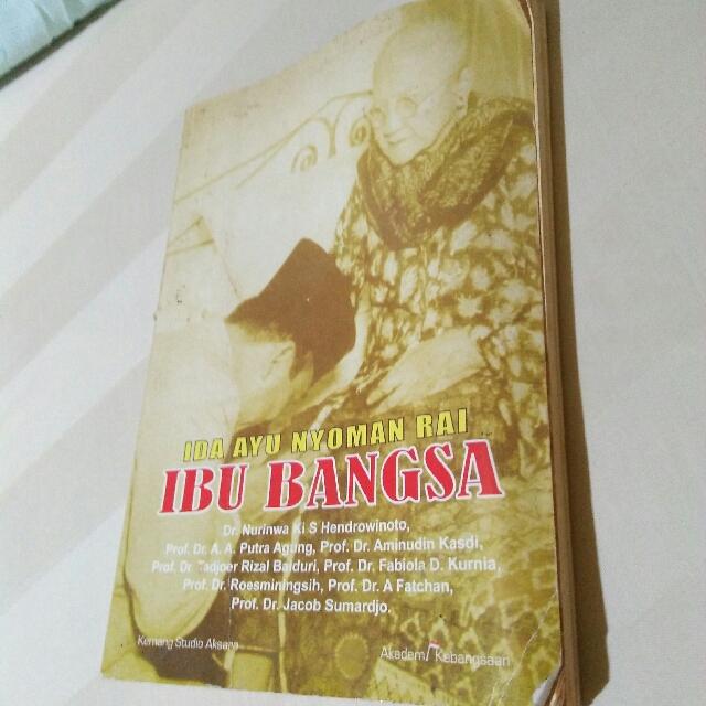 Buku Ibu Bangsa