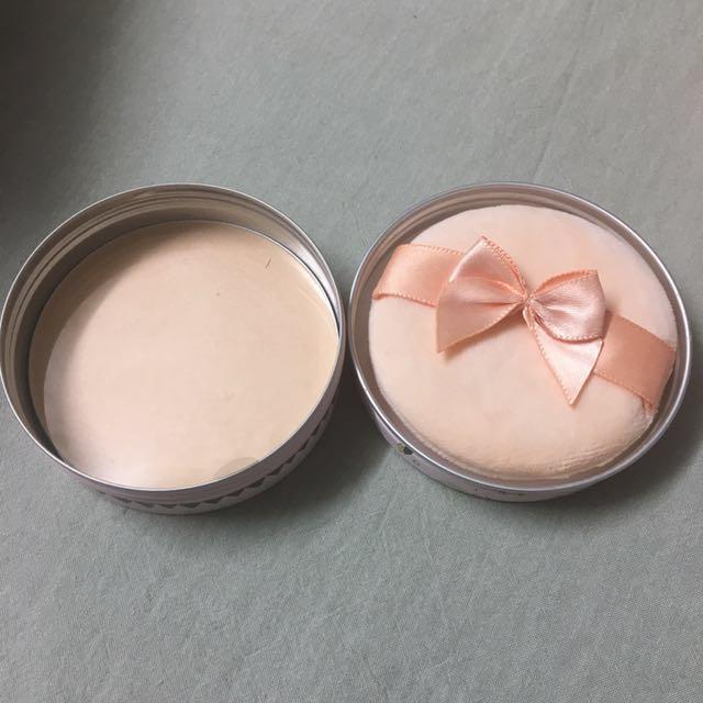 CLUB - shimmery powder