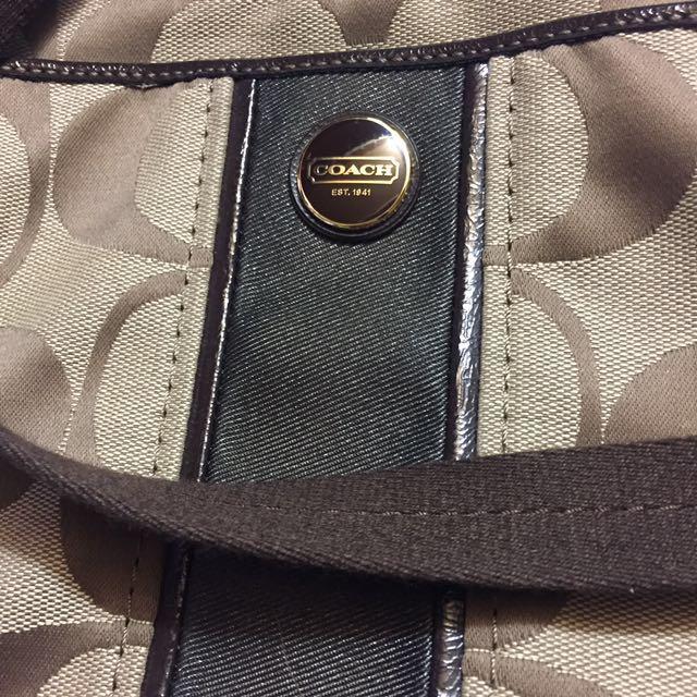 Coach Signature Stripe Swingpack-f48806-khaki