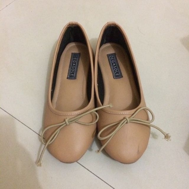 Degasole flat shoes (size 35)