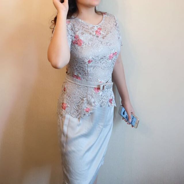 Dress Brokat Abu