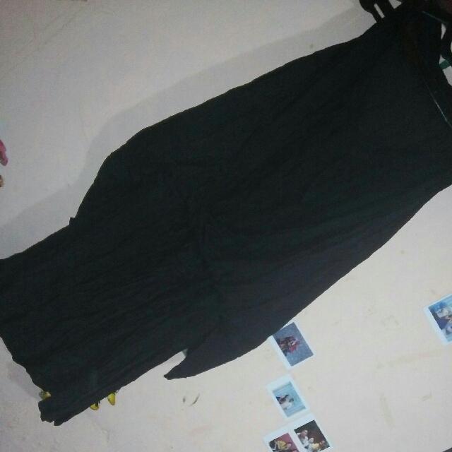 Dress Hitam (berrompi)
