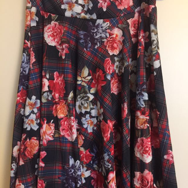 Floral and plaid print skirt