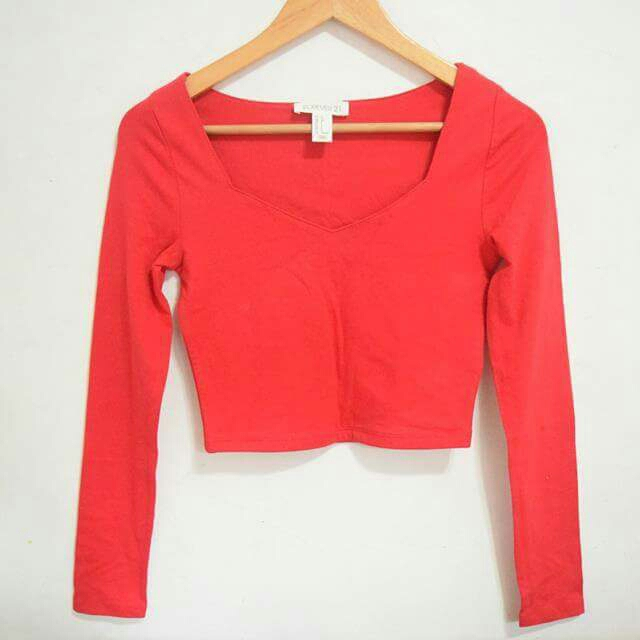 FOREVER 21 Red Crop Top Long Sleeves