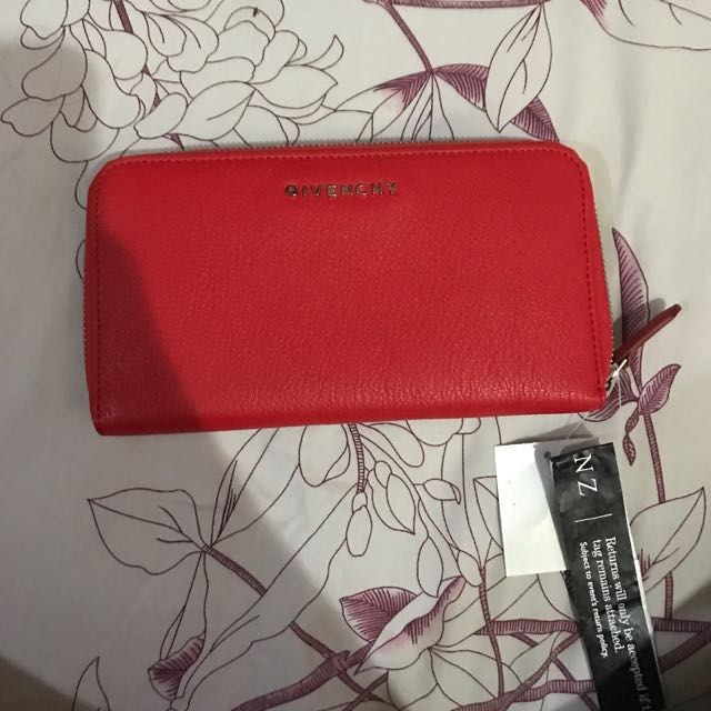 Givenchy pandora red wallet