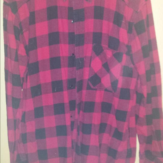 Ladies Tna Shirt Size Large