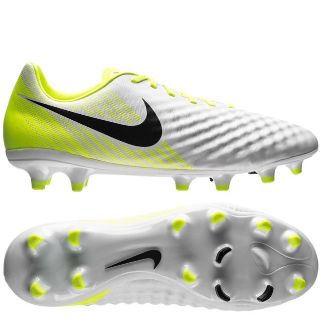 separation shoes 4960c bc66f Nike Magista Onda II (Soccer Cleat), Sports, Sports  Games .