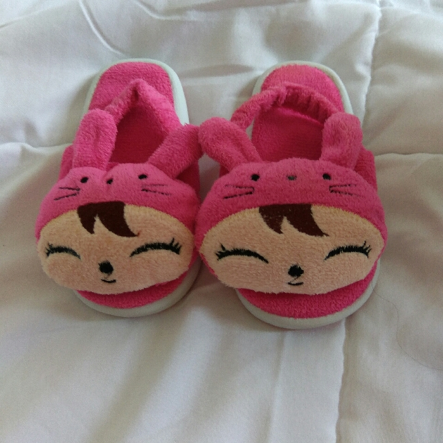 Sandal Bayi