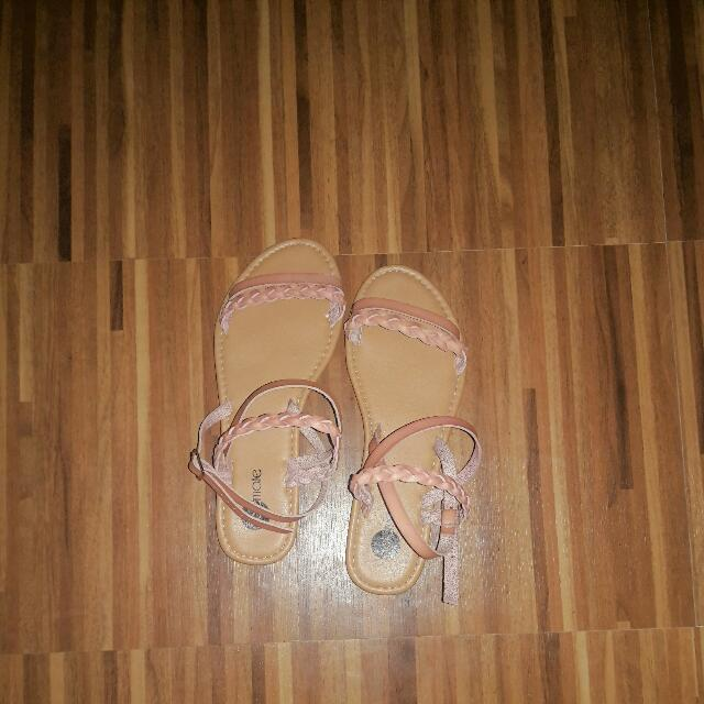 Solemate Sandals (Salmon Pink)