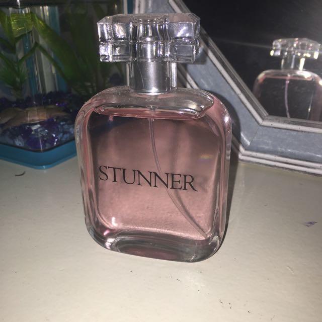 Stunner perfume