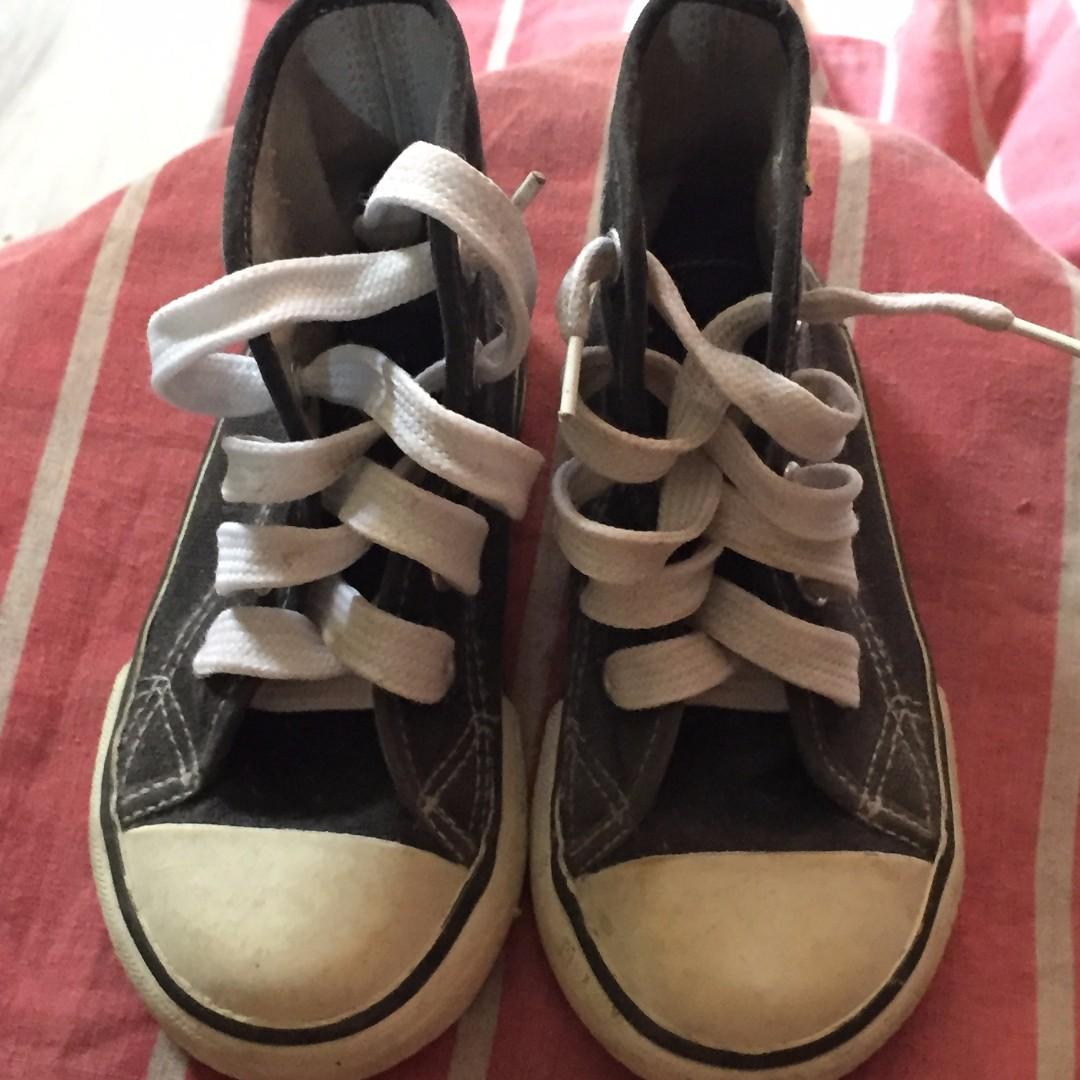 toes kiddie shoes